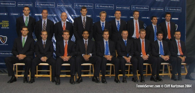 Tennis - 2004 Masters Cup Doubles Teams