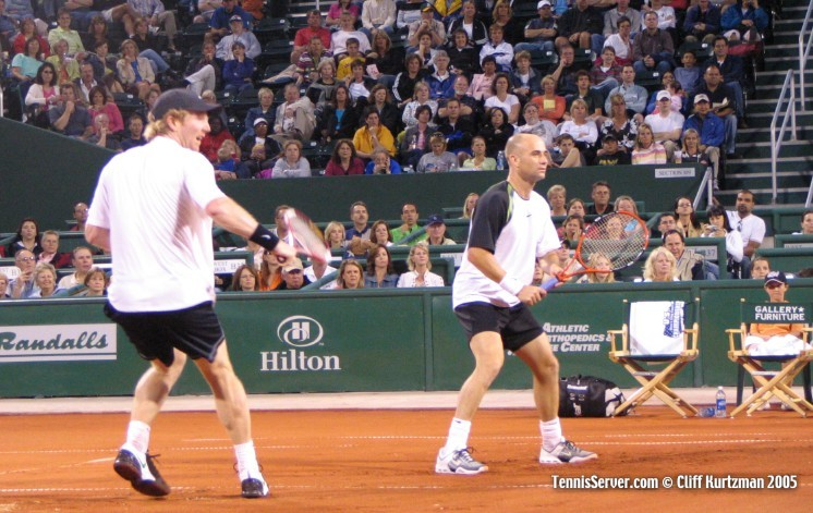 Tennis - Jim Courier - Andre Agassi
