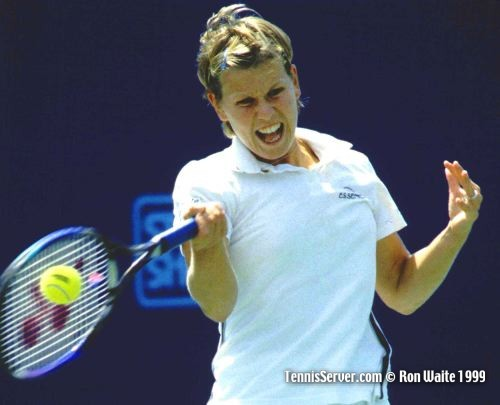 anke huber http://www.tennisserver.com/turbo/pilotpen99photo.html